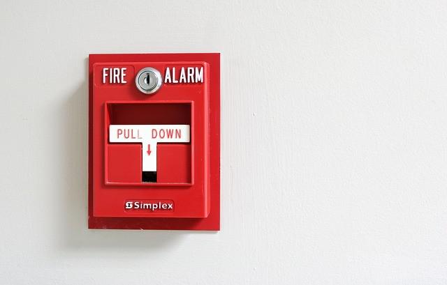 Instalar alarme de incendio