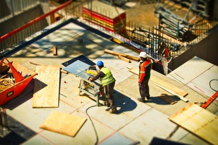 Maneiras Inteligentes de Reduzir Custos na Construção Civil